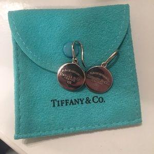 Authentic Tiffany & co. drop earrings!